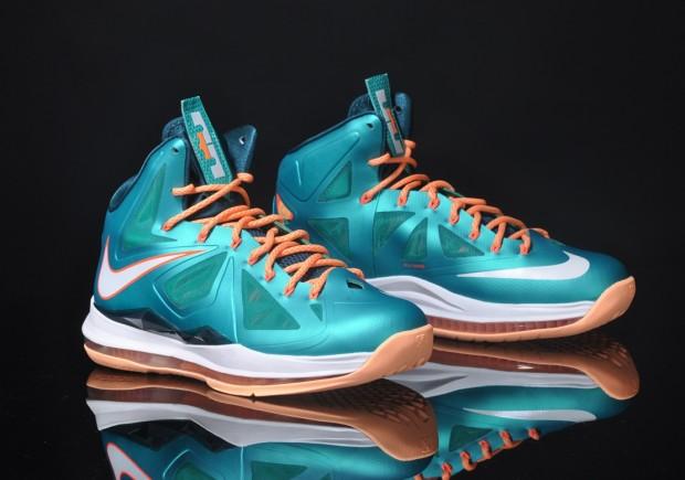 Nike LeBron X Dolphins Atomic Teal