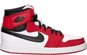 Air Jordan Retro 1 KO Chicago 3/15