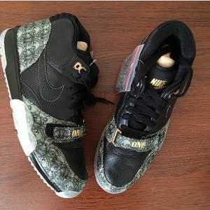 Nike Air Trainer 1 Mis QS Dollar Bills