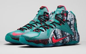 LeBron 12 Christmas Birch