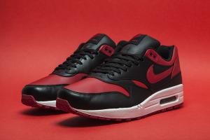 Nike-Air-Max-1-Valentines-1