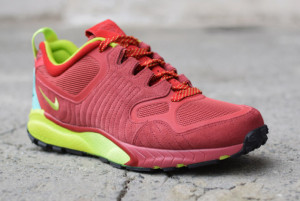 nike-talaria-cedar-fierce-green-gym-red-07-570x381