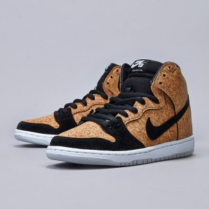nike_sb_dunk_high_premium_shoe_black_black_-_hazel_nut_-_white4