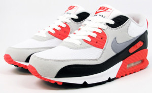 nike-air-max-90-infrared-mercer-release-04