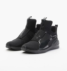 Kylie Jenner puma-fierce-core-188977-01-black-black-fierce