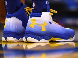 Steph Curry Underarmour Curry 2.5 72-9 Warriors Colorway