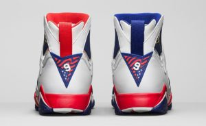 AIR-JORDAN-7-RETRO-WHITE-BLUE-HEEL