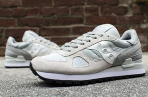 Saucony_Shadow_Original_Grey_White_Toe_Box