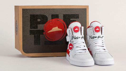 "Pizza Hut Limited Edition ""Pie Tops"" Will Order Dinner For You"