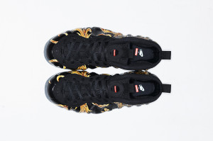 Supreme x Nike Air Foamposite One Black