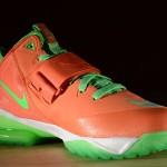 Nike Zoom CJ Trainer 2 Calvin Johnson CJ2 Turf Orange Poison Green