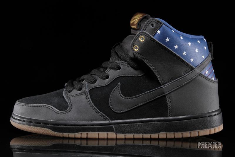 "Nike SB Dunk ""Stars"" Early Release"