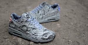Nike Air Max Lunar90 Moon Landing