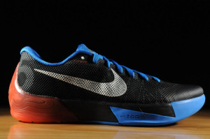 KD Trey 5 II 653657-004 BLACK/METALLIC SILVER/PHOTO BLUE/HYPER CRIMSON