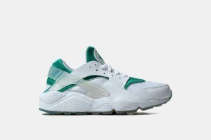 "Nike Air Huarache - White/Green ""Paris"" 704830-130"