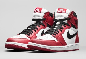 Air Jordan Retro 1 OG Chicago
