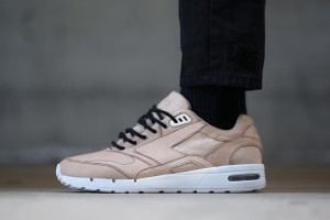 BAIT x Brooks Fusion Oyster On Foot