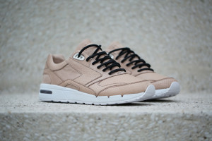 BAIT x Brooks Fusion Oyster